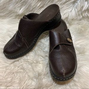 Clarks Slip On Leather Heel Clogs Mules Brown 9.5M